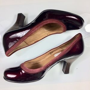 Sofft Patent Leather Pumps Wine Size 8M EUC
